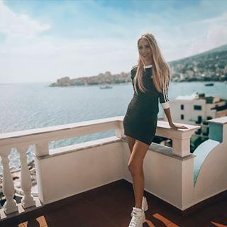 Photo of a Gina Hansen