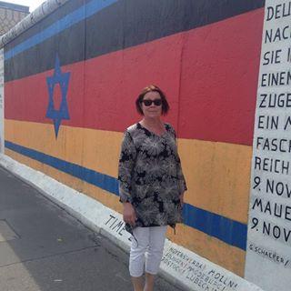Elizabeth Sandstrom Facebook, Twitter & MySpace on PeekYou